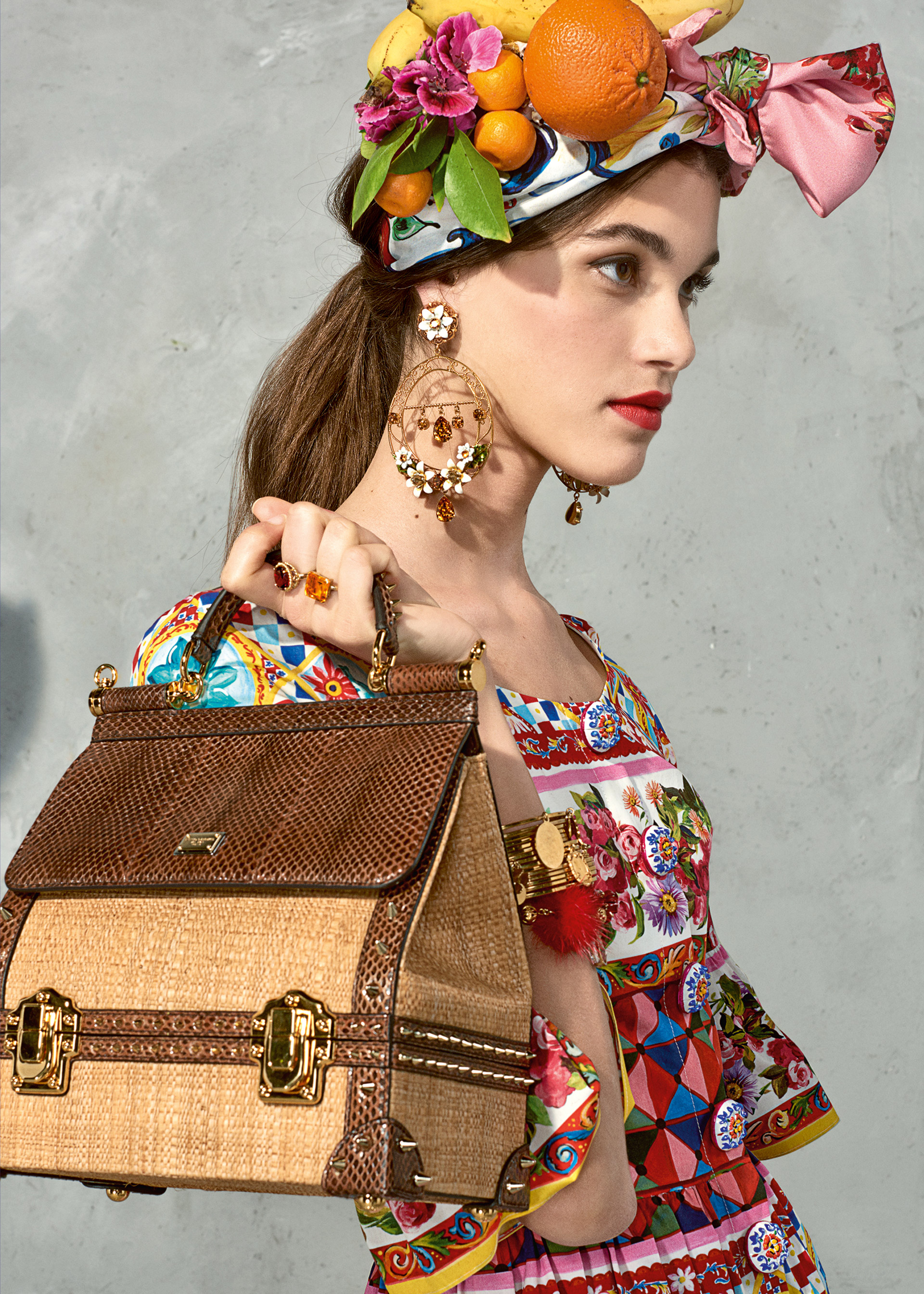 dolce and gabbana summer 2017 woman collection 90 - Dolce & Gabbana/Spring Summer 2017 Collection/ Mambo