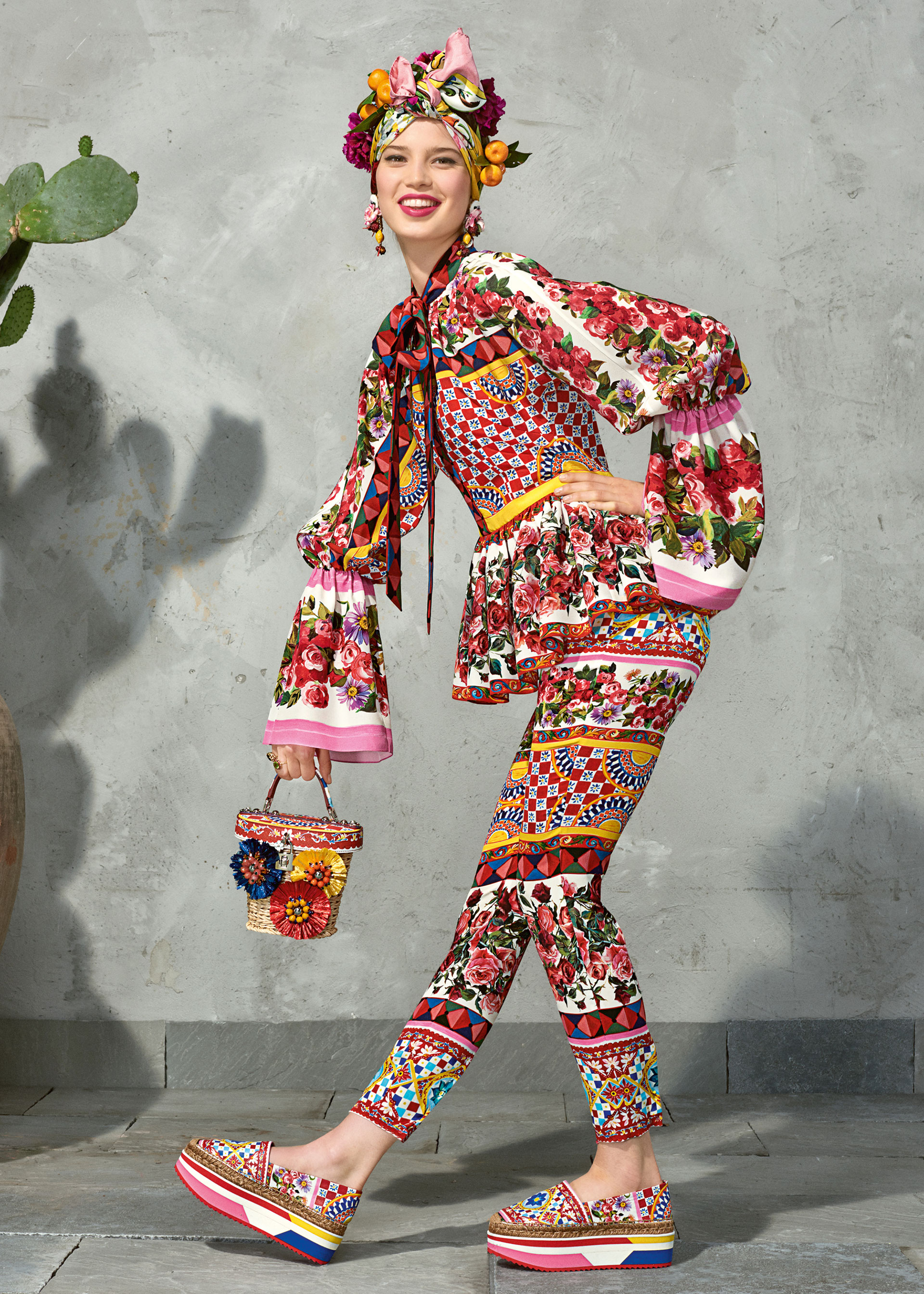 dolce and gabbana summer 2017 woman collection 97 - Dolce & Gabbana/Spring Summer 2017 Collection/ Mambo