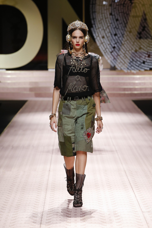 تصاميم مميزة من توقيع Dolce & Gabbana لصيف 2019